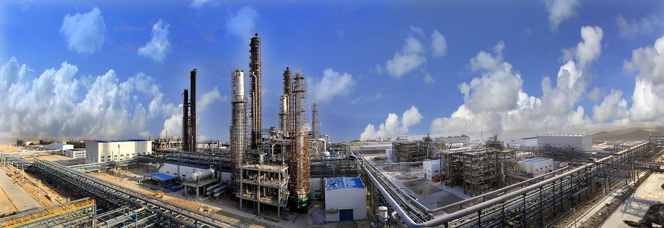 伊犁新天年产20亿立方米煤制天然气项目.jpg